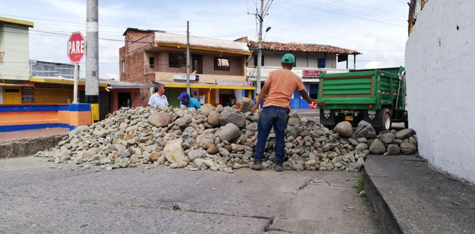 Cierre de Vias en Santa Barbara Antioquia