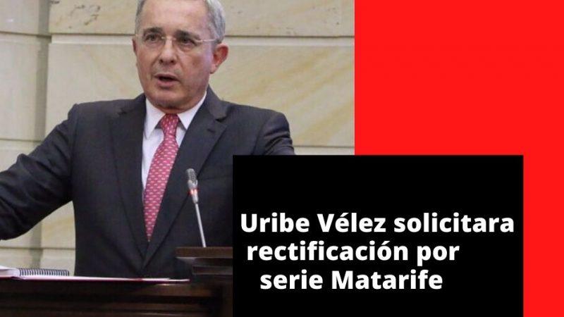 Álvaro Uribe Vélez solicitara rectificación a Daniel Mendoza por la serie Matarife