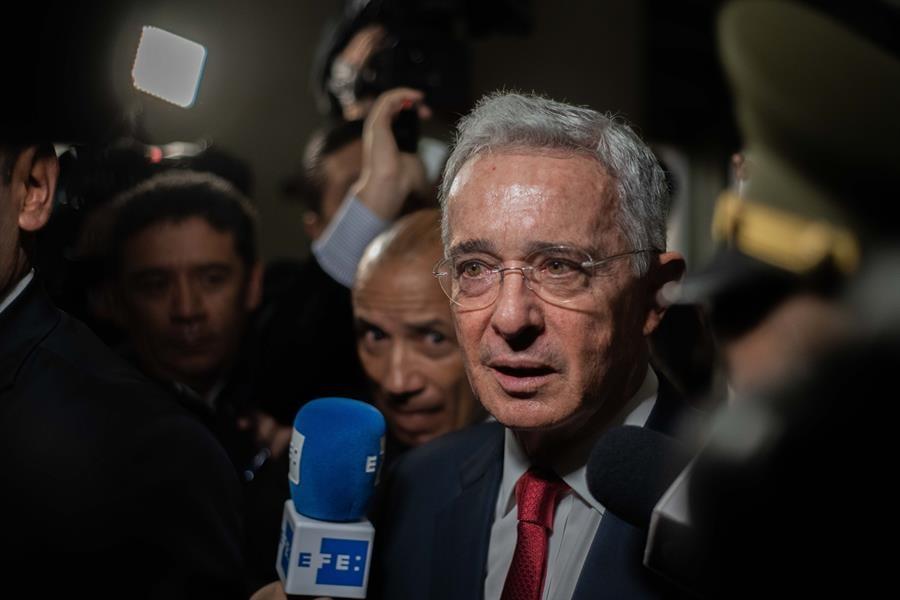 El expresidente Álvaro Uribe recupera su libertad