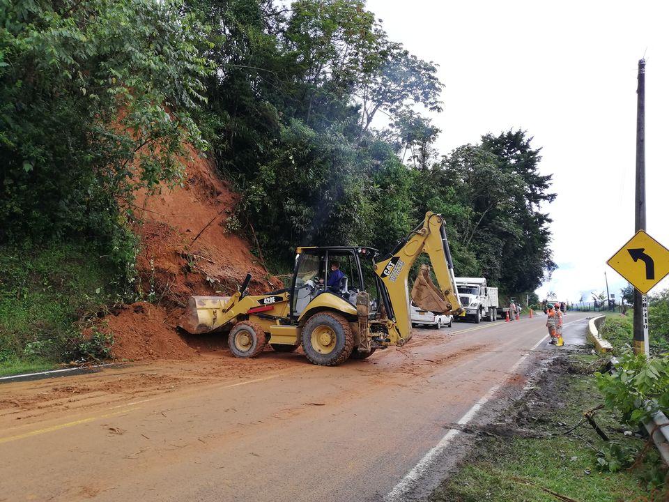 Continúan las lluvias y los derrumbes en Santa Barbara Antioquia