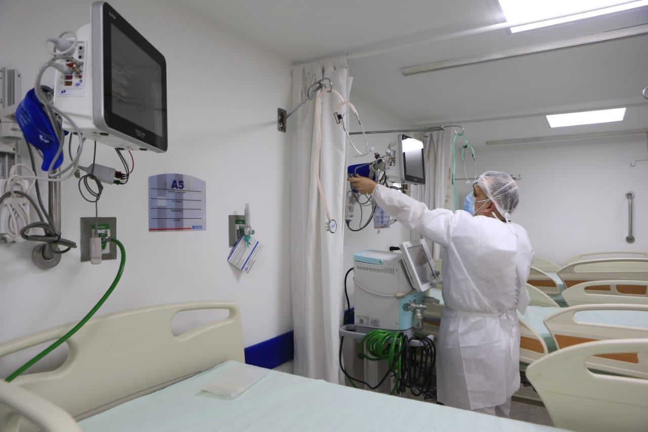 Antioquia baja a naranja el nivel de la alerta hospitalaria, después de 32 días en rojo