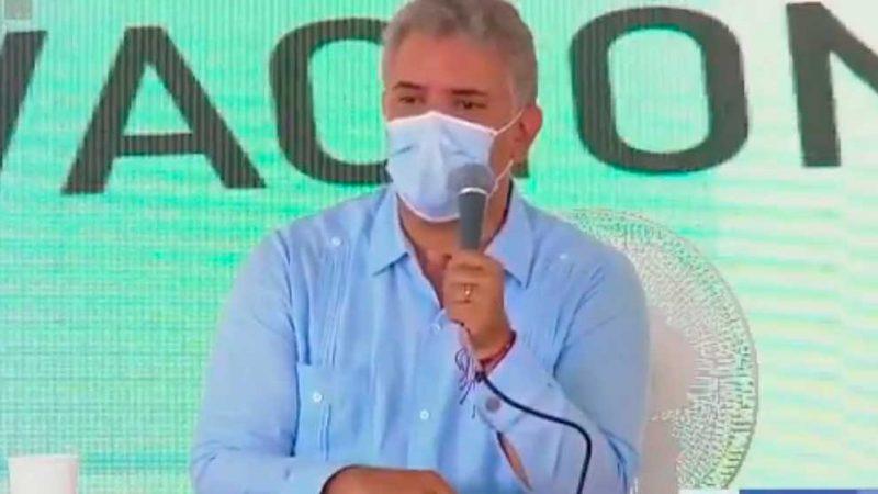 """""""Ratas de alcantarilla"""": presidente Duque a contratistas corruptos"""