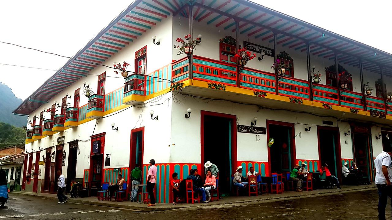 Estas restricciones regirán en Antioquia hasta el 3 de enero