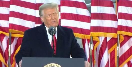 Donald y Melania Trump están en Florida tras dejar la Casa Blanca