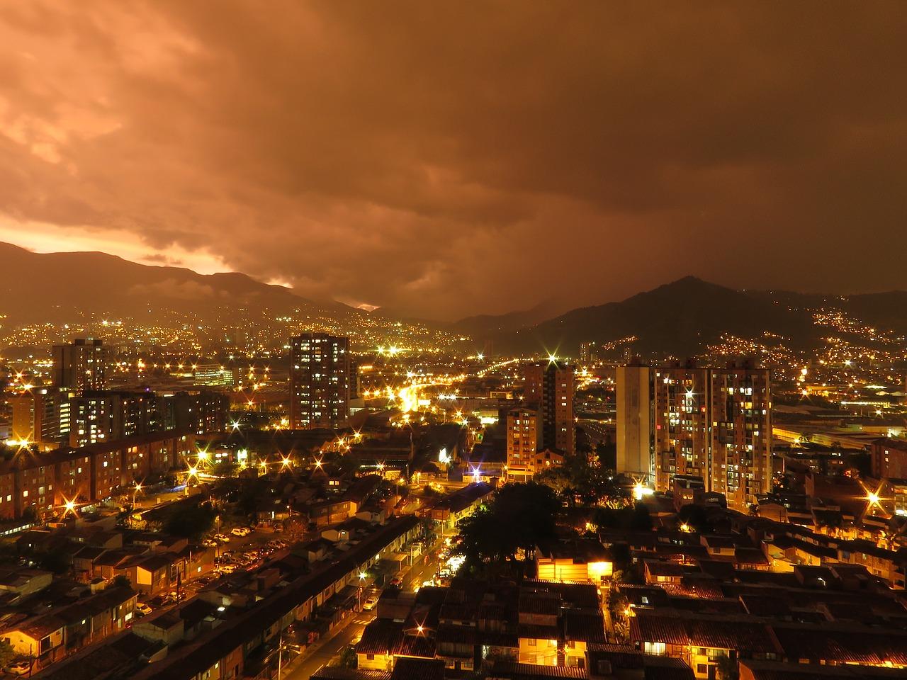 Medellín tendrá toque de queda continuo este fin de semana