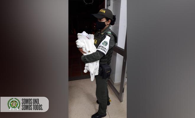 Rescatado bebé de dos días de nacido quien habría sido abandonado en el barrio conquistadores