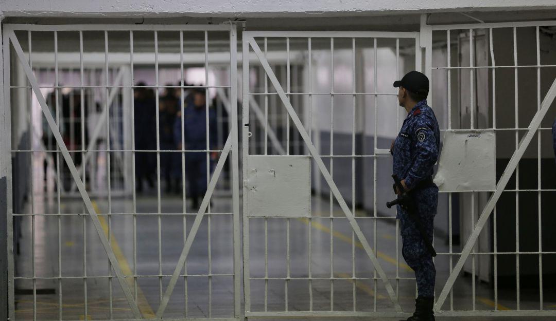 A la cárcel hombre que habría esclavizado sexualmente a su hija desde los 9 años de edad