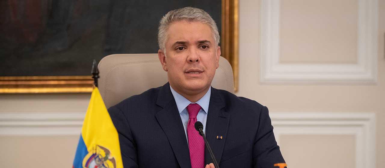 'Necesitamos toda la colaboración del pueblo colombiano para evitar un tercer pico': Duque