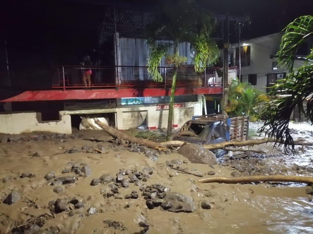 180 viviendas y 52 locales comerciales afectados, el saldo preliminar de avenida torrencial en quebrada La Desmotadora en Dabeiba