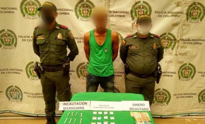 capturado un hombre de 23 años sorprendido por las unidades con clorhidrato de cocaína.