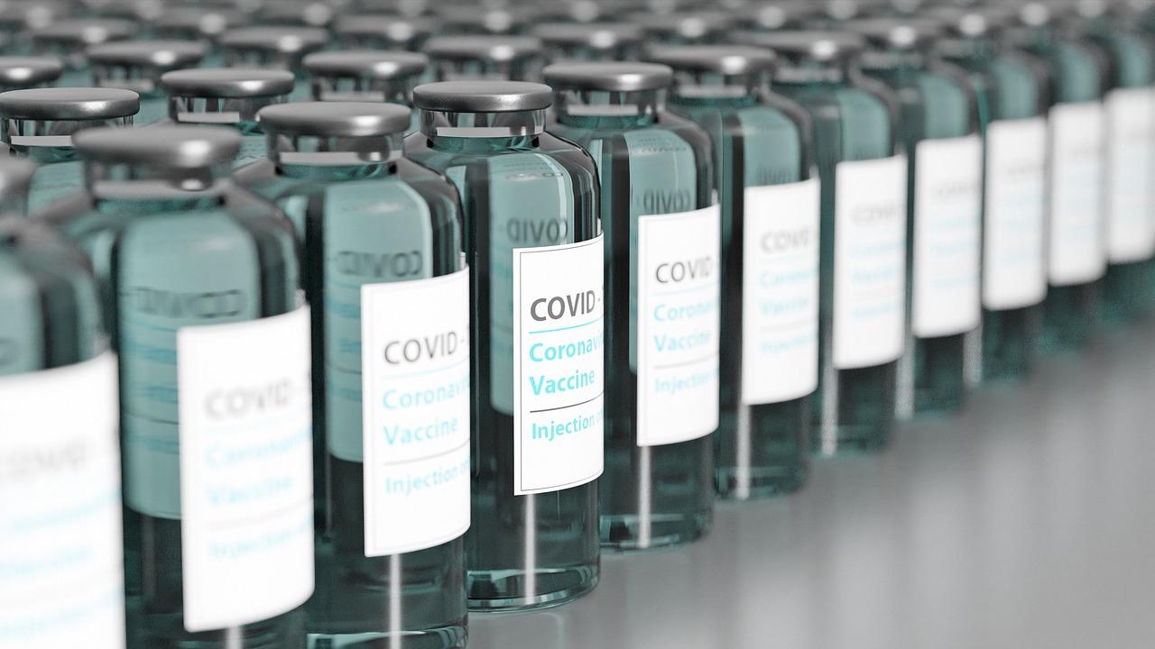 Mayores de 50 años ingresarán a la etapa III del Plan Nacional de Vacunación