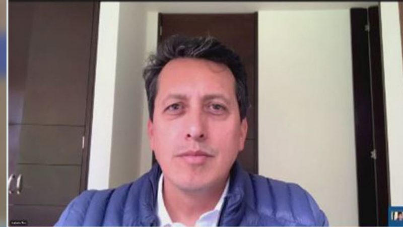 'Entre más aglomerados estemos, mayor posibilidad hay de expandir el contagio de covid-19': epidemiólogo Carlos Álvarez