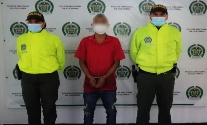 """Capturado alias """"El Anciano"""" en Belén de Umbría mientras recibía dinero, producto de una extorsión"""