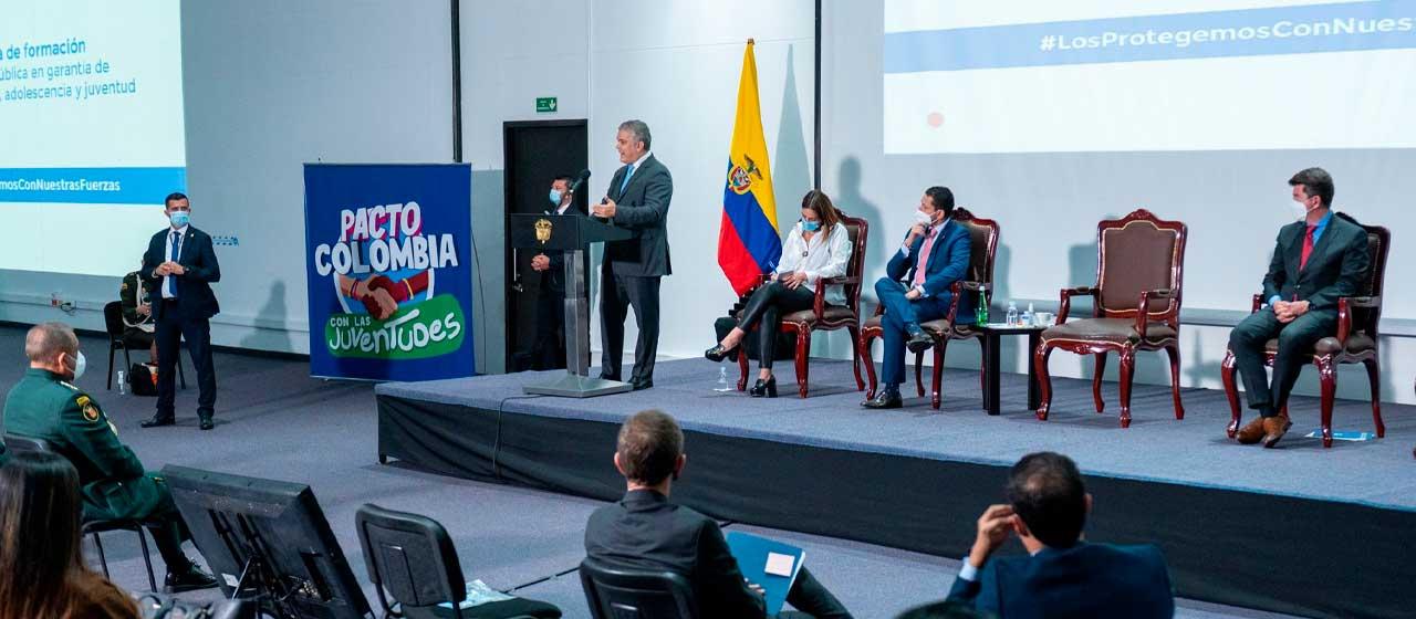 Los bloqueos han violado grave y vilmente los derechos de niños y adolescentes en Colombia, afirma el Presidente Duque