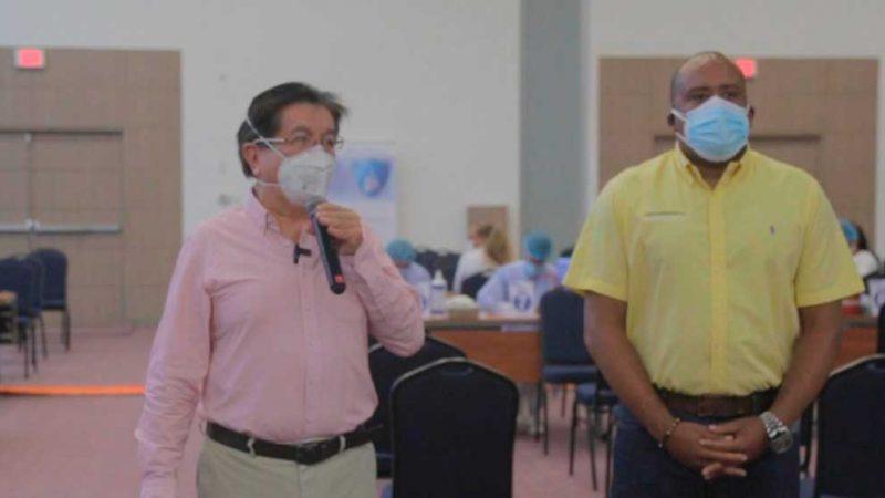 MinSalud y Gobernación de San Andrés inician jornada de vacunación masiva en la isla