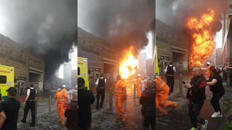 Cientos de viajeros evacuados tras explosión en metro de Londres
