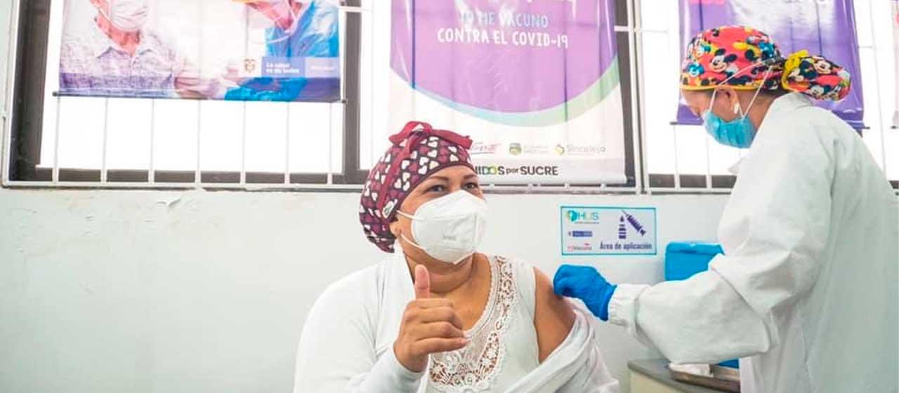 Duque reitera llamado para que los colombianos se vacunen de manera masiva