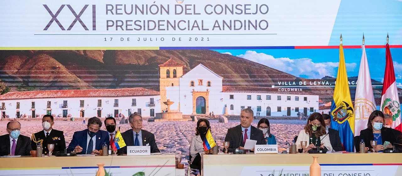 Nuestro reto es seguir fortaleciendo la democracia, libre de populismo y demagogia: Presidente Duque