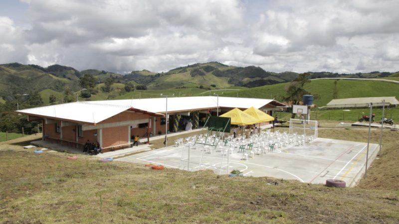 22 estudiantes de La Unión están felices con su nueva sede educativa rural