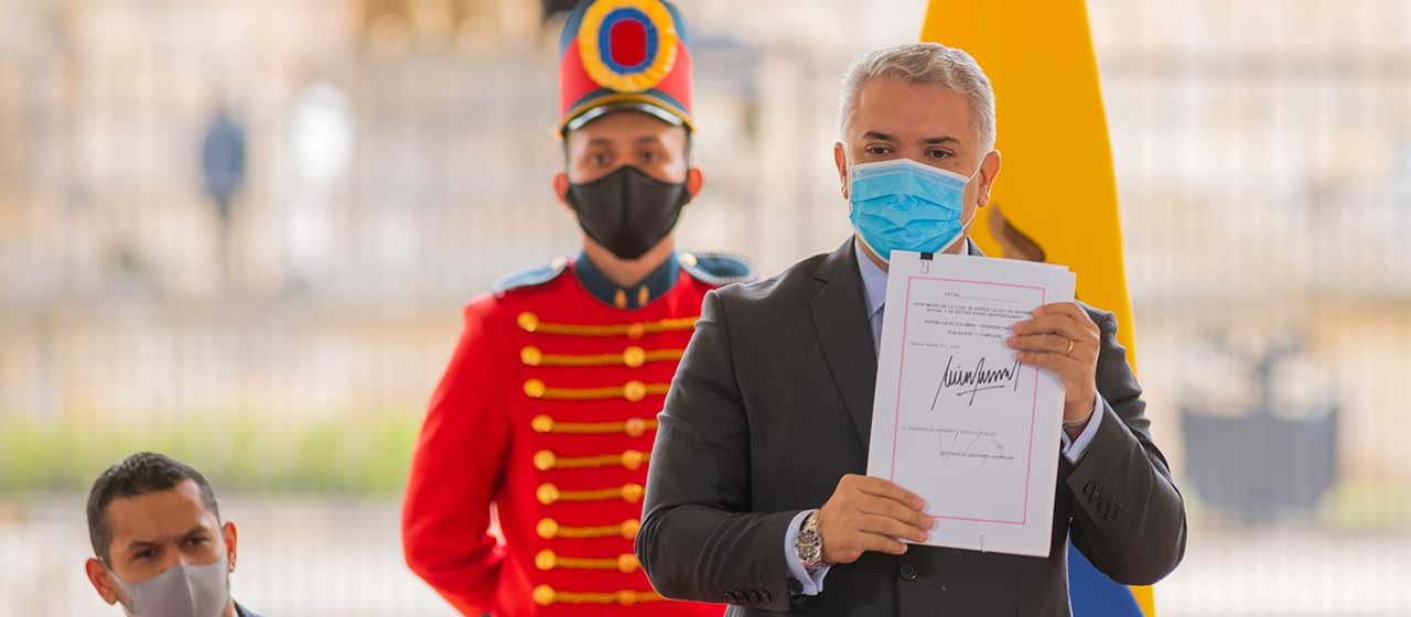 'Colombia es el primer país del en sacar adelante una reforma social y fiscal en medio de la pandemia'